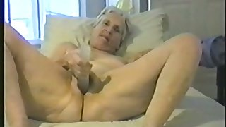 Cool off though she is old she hasn't forgotten how about worship a dick