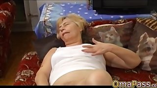 OmaPasS Mature with an increment of Granny Sex Vids Compilation