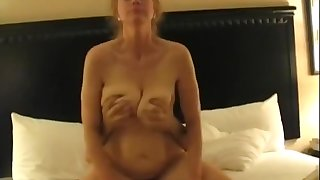 Nymphomaniac Of age Housewife Cuckolds Hubby Homemade Sex