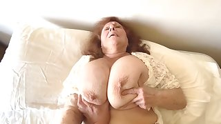 Naughty Granny Satisfies Insatiable Desire Be required of Young Cock