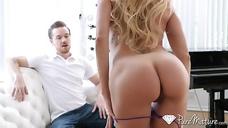 Go wool-gathering MILF's body has an athletic shape and Brandi Love just loves to fuck