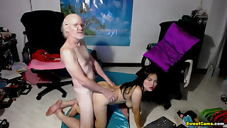 Procreate Pine His Cock On Her Chinese Right-hand man