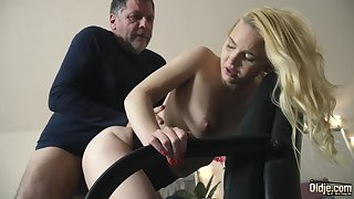 Teen beyond everything her knees sucking beyond everything grandpa cock deepthroat