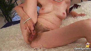 Evelyn  Czech Cougar - Hairy hard lovemaking
