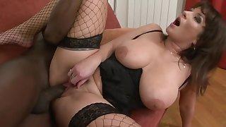 Hairy White Vagina Grinding Black Dick Close by Tara Blows