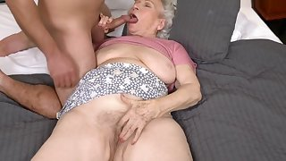 Reserve The Granny Be a fan Right of entry - 21Sextreme
